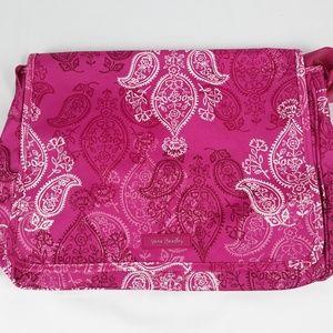 NWT Vera Bradley Messenger Bag in Stamped Paisley